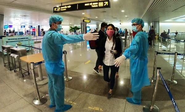 Đề nghị WHO đánh giá về trường hợp người Việt Nam xuất cảnh dương tính với SARS-CoV-2 ảnh 1