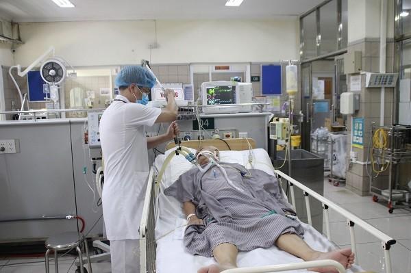 Vụ ngộ độc Pate Minh Chay, Bộ Y tế yêu cầu báo cáo về tất cả số bệnh nhân nhập viện ảnh 1