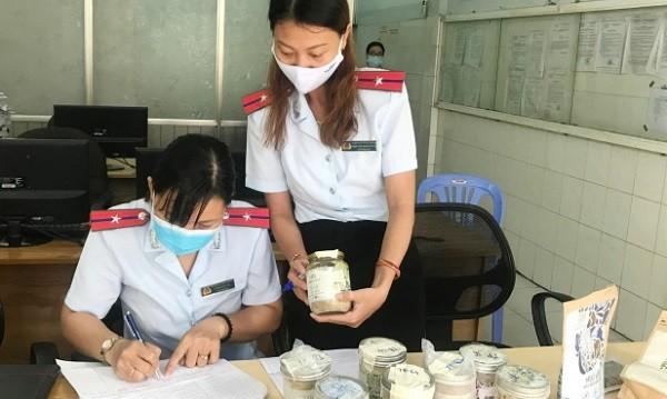 Hà Nội xử phạt 14 cơ sở kinh doanh, nhà hàng chay vi phạm sau vụ pate Minh Chay ảnh 1