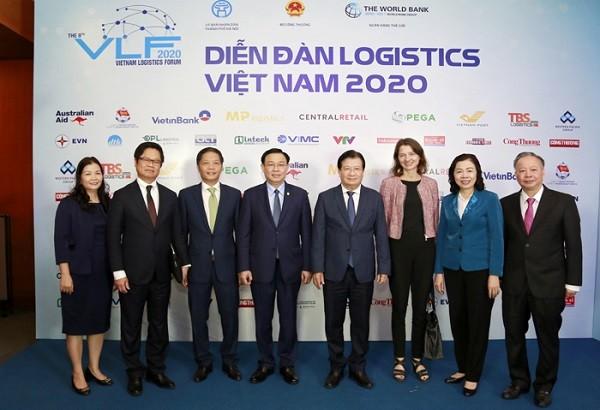 Phó Thủ tướng Trịnh Đình Dũng: Cắt ngay các thủ tục không cần thiết để giảm chi phí logistics ảnh 2