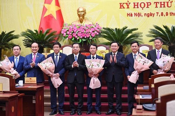 Thủ tướng phê chuẩn kết quả bầu 5 Phó Chủ tịch UBND TP Hà Nội ảnh 1