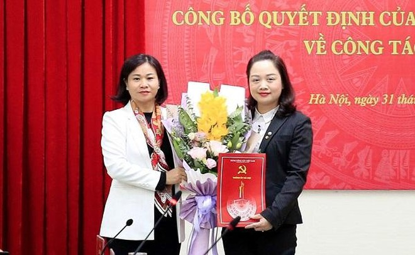 Hà Nội: Ứng Hòa có nữ Bí thư Huyện ủy 43 tuổi ảnh 1