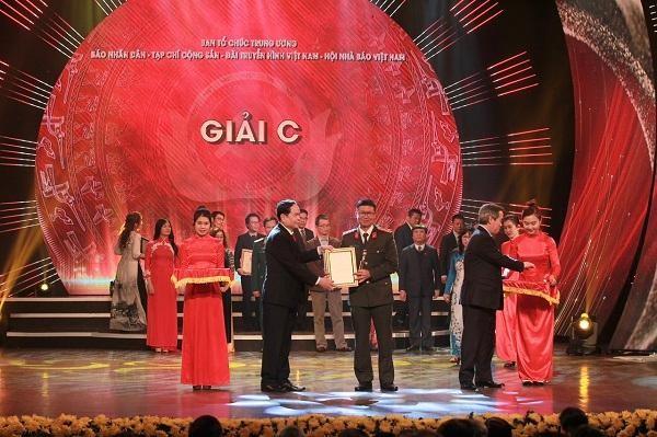 Báo An ninh Thủ đô đoạt giải C Giải báo chí toàn quốc về xây dựng Đảng lần thứ V - năm 2020 ảnh 3