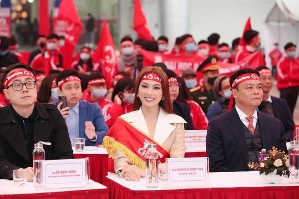 Nhiều Hoa hậu, Á hậu, cầu thủ, nghệ sĩ nổi tiếng hưởng ứng Chủ nhật đỏ 2021 ảnh 3