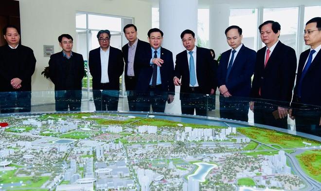 Bí thư Thành ủy Hà Nội: Nếu quận nào cũng phát triển được như Long Biên thì rất yên tâm ảnh 1
