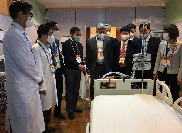 Gần 300 cán bộ y tế, chuyên gia đầu ngành ứng trực tại địa điểm tổ chức Đại hội Đảng XIII ảnh 1