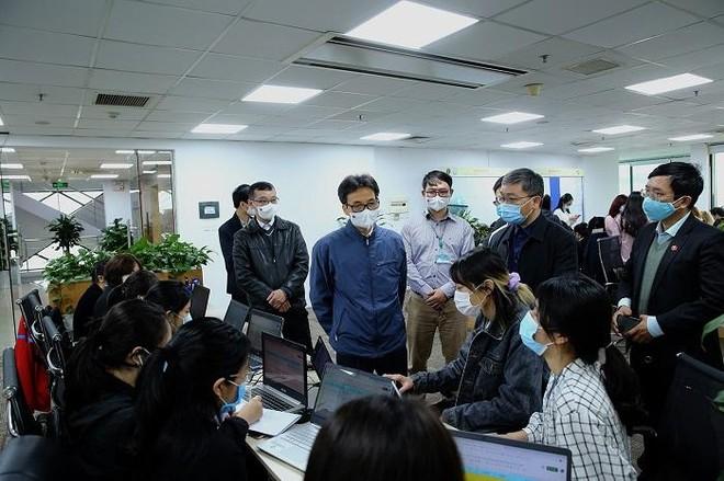 Nhiều bệnh nhân Covid-19 không hợp tác, Phó Thủ tướng kêu gọi người liên quan vùng dịch cung cấp thông tin ảnh 1