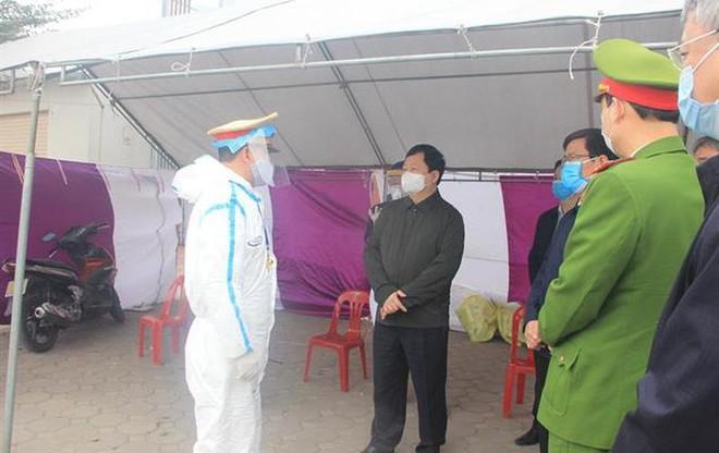 """Vì sao đám cưới ở Hải Dương thành """"ổ siêu lây nhiễm"""" Covid-19, nhiều F2 ở Hà Nội bị lây? ảnh 1"""