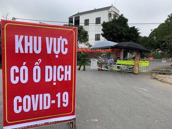 Hai người từ Hà Nội về Điện Biên dương tính yếu với SARS-CoV-2 đã có kết quả âm tính ảnh 1