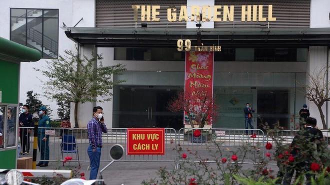 883 mẫu ở chung cư Garden Hill âm tính, gần 10.000 nhân viên sân bay Nội Bài được xét nghiệm Covid-19 ảnh 1