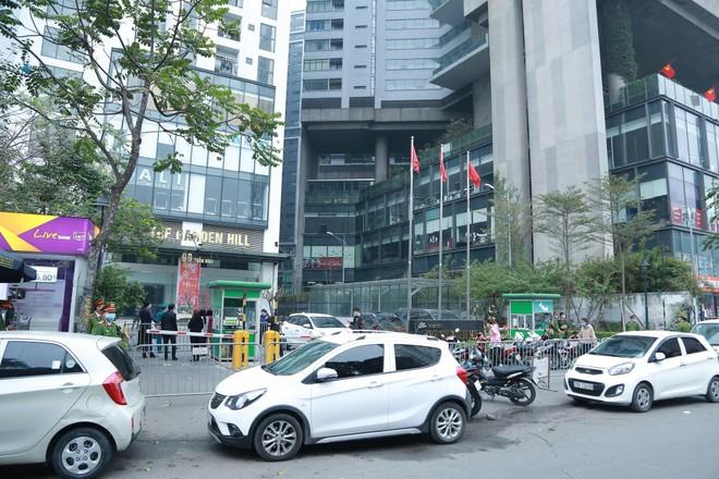 Hà Nội dỡ phong tỏa 14 điểm liên quan Covid-19: Có tòa nhà 88 Láng Hạ, Garden Hill 99 Trần Bình... ảnh 1
