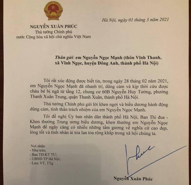 Thủ tướng có Thư khen, biểu dương anh Nguyễn Ngọc Mạnh dũng cảm cứu bé rơi từ tầng 12 ảnh 1