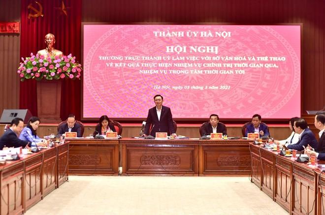 Bí thư Thành ủy Hà Nội: Chuyển sang tự chủ nhưng phải để văn nghệ sĩ sống được bằng nghề ảnh 2