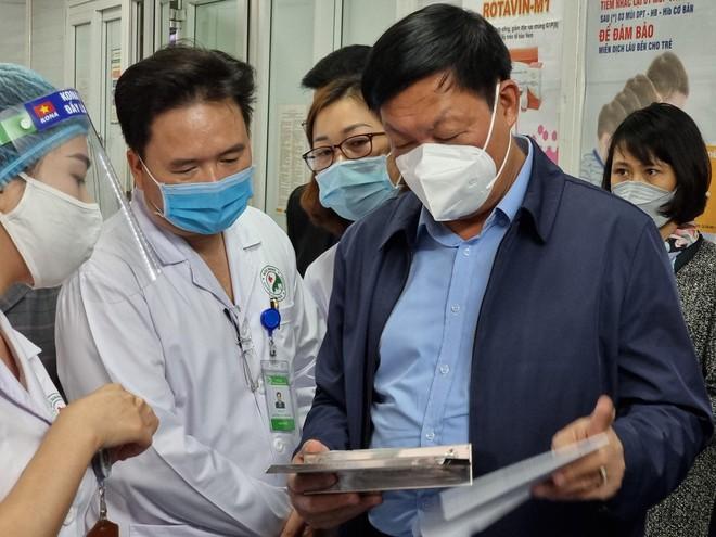 Gần 7.000 người Hà Nội đã tiêm vaccine Covid-19, 12 ca phản ứng nặng, 1 ca nghiêm trọng ảnh 2