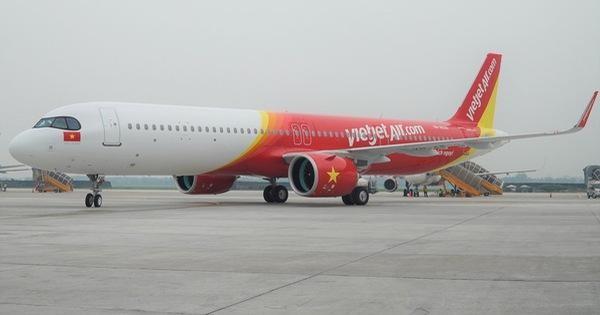 Liên quan ca Covid-19 mới nhất, Hà Nội yêu cầu khách đi chuyến bay VJ458 ngày 22-3 phải tự cách ly ảnh 1