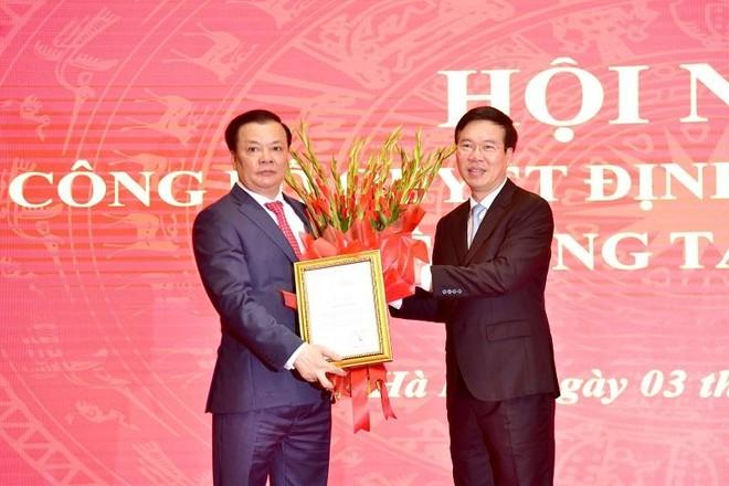 Đồng chí Đinh Tiến Dũng chính thức nhận nhiệm vụ Bí thư Thành ủy Hà Nội ảnh 1