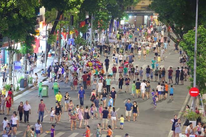 Nóng: Hà Nội tạm dừng tổ chức lễ hội và các tuyến phố đi bộ để phòng Covid-19 ảnh 1