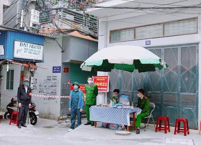 Hà Nội: Một người ở quận Hoàng Mai là nhân viên quán bar tại Vĩnh Phúc dương tính với SARS-CoV-2 ảnh 1