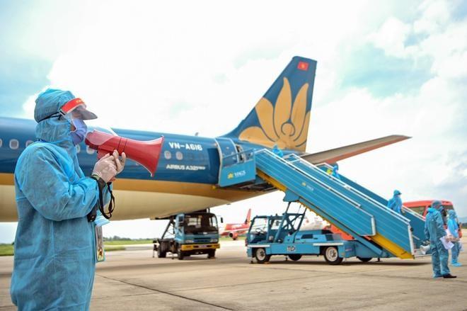 Khẩn tìm người đi trên hai chuyến bay từ Đà Nẵng đến Hà Nội có bệnh nhân Covid-19 ảnh 1