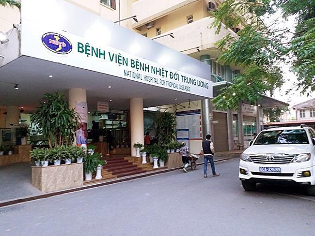 Phong tỏa Bệnh viện Nhiệt đới Trung ương, cách ly toàn bộ nhân viên ảnh 1
