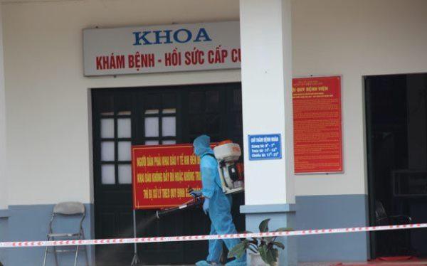 Phong tỏa Bệnh viện Phổi Lạng Sơn do có 1 ca nghi mắc Covid-19 từ Hà Nội chuyển về ảnh 1