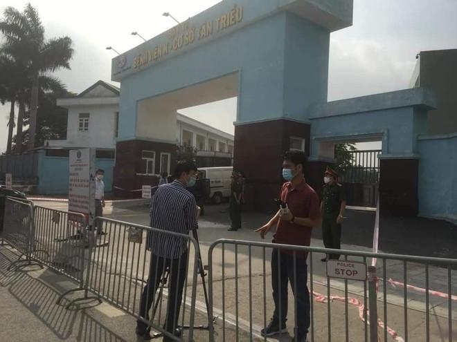 Nóng: Tạm thời phong tỏa Bệnh viện K do có ca nghi nhiễm SARS-CoV-2, Chủ tịch Hà Nội tới chỉ đạo chống dịch ảnh 1