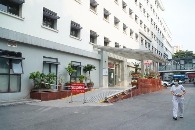 Phong tỏa Khoa Cấp cứu -Bệnh viện Hữu nghị Việt Xô vì hai ca dương tính SARS-CoV-2 đến khám ảnh 1