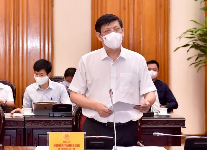 Thủ tướng Phạm Minh Chính: Để lây nhiễm Covid-19 trong bệnh viện là không được, người dân khó chấp nhận ảnh 1