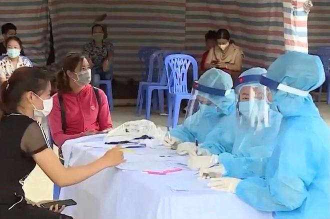 Hà Nội: Còn 1.032 mẫu xét nghiệm của người từ Đà Nẵng về đang chờ kết quả ảnh 1