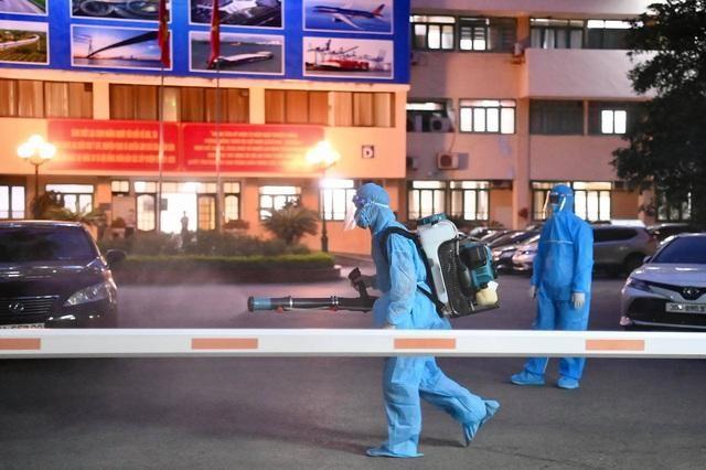 Trường hợp cán bộ ở Bộ Giao thông Vận tải đã âm tính với SARS-CoV-2 ảnh 1