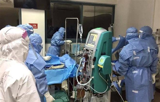 Hỏa tốc yêu cầu Bệnh viện Bạch Mai cử chuyên gia về ECMO hỗ trợ Bắc Ninh điều trị Covid-19 ảnh 1