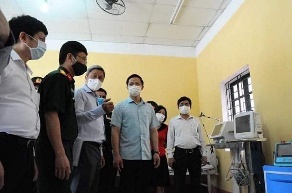 """Bắc Ninh sẽ """"đàm phán"""" với Bắc Giang để giải quyết việc đi lại cho 2.000 công nhân Samsung ảnh 1"""