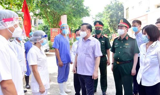 Bí thư Thành ủy Hà Nội: Sẵn sàng tăng mức hỗ trợ cao nhất cho lực lượng chống dịch Covid-19 ảnh 2