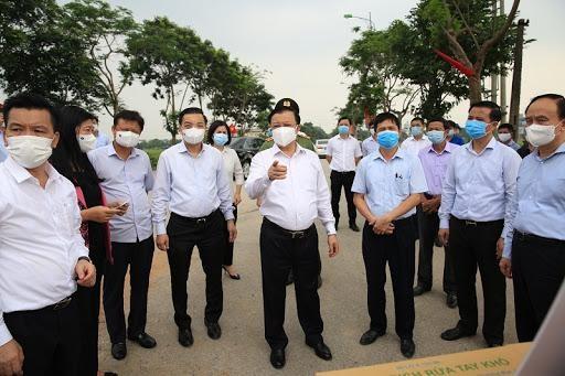 Bí thư Thành ủy Hà Nội: Phong toả theo từng điểm, chưa tính tới cách ly toàn thành phố ảnh 1