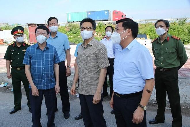 Thủ tướng chỉ đạo cấp 300.000 liều vaccine cho Bắc Giang, Bắc Ninh, cả nước chung tay chống dịch Covid-19 ảnh 2