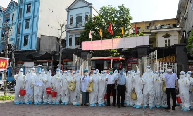 Bộ trưởng Y tế kêu gọi 125 trường Y, Dược hỗ trợ nhân lực cho Bắc Giang, Bắc Ninh chống Covid-19 ảnh 1