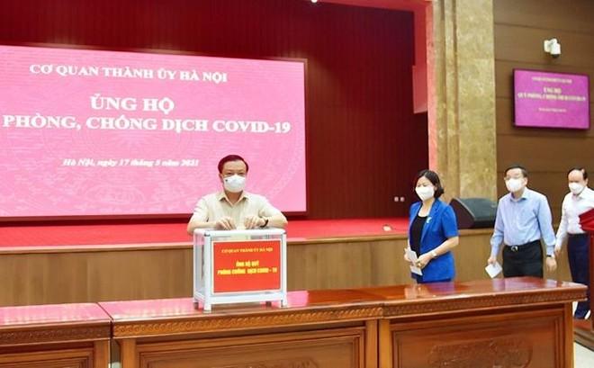 Bí thư Thành ủy Hà Nội: Cần hơn 1.000 tỷ đồng để tiêm vaccine Covid-19 miễn phí toàn dân Thủ đô ảnh 1