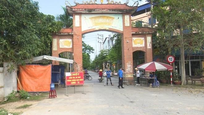 Hà Nội: Hai con người bán rau, 1 khách mua rau và 1 lái xe tại Đông Anh dương tính SARS-CoV-2 ảnh 1