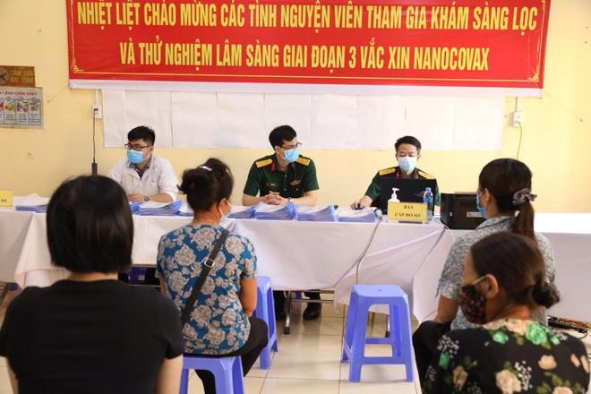 Bắt đầu tiêm thử nghiệm vaccine Covid-19 Nano Covax giai đoạn 3 cho 4.000 người tại Hưng Yên ảnh 1