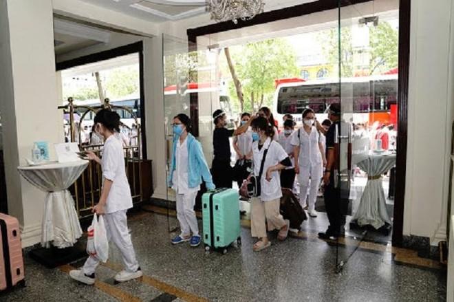 """Đoàn sinh viên tình nguyện Hải Dương đang chống dịch ở TP HCM: """"Muốn đóng góp một phần nhỏ bé"""" ảnh 1"""