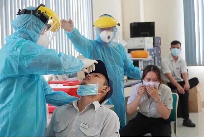 Hà Nội phát hiện thêm 4 ca dương tính SARS-CoV-2 ở Đông Anh ảnh 1