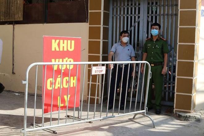 Hà Nội: Hai mẹ con ở phố Thúy Lĩnh quận Hoàng Mai dương tính Covid-19 ảnh 1