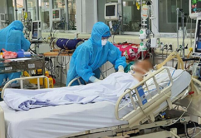 Công bố thêm ba bệnh nhân Covid-19 tử vong tối 14-7, một người 42 tuổi ảnh 1