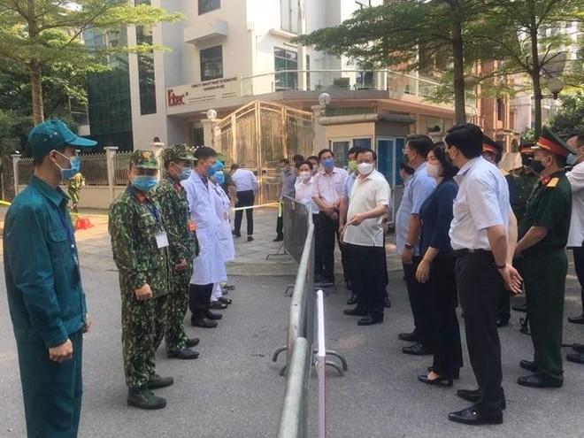 """Bí thư Thành ủy Hà Nội: Phải kiểm soát 100% người vào thành phố, sẵn sàng """"4 tại chỗ"""" ảnh 1"""