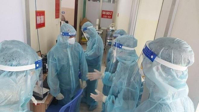 Bộ Y tế công bố thêm 80 ca tử vong do Covid-19, riêng TP HCM 70 ca ảnh 1