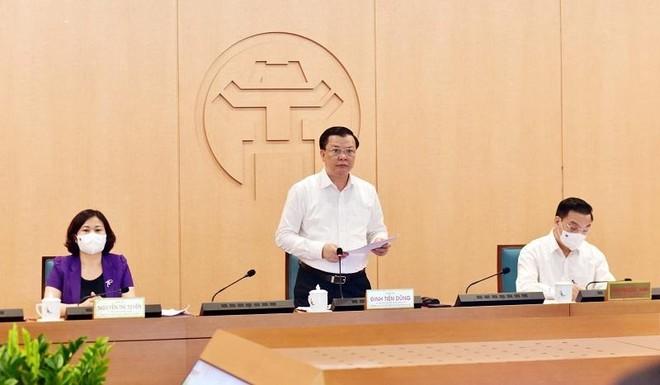 Bí thư Thành ủy Hà Nội: Tăng thêm lực lượng trực kiểm tra, xử lý nghiêm người ra đường tùy tiện ảnh 1