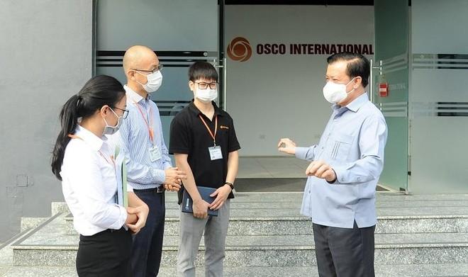 Bí thư Thành ủy Hà Nội: Sau 15 ngày giãn cách, sẽ xem xét có gia hạn hay không ảnh 1