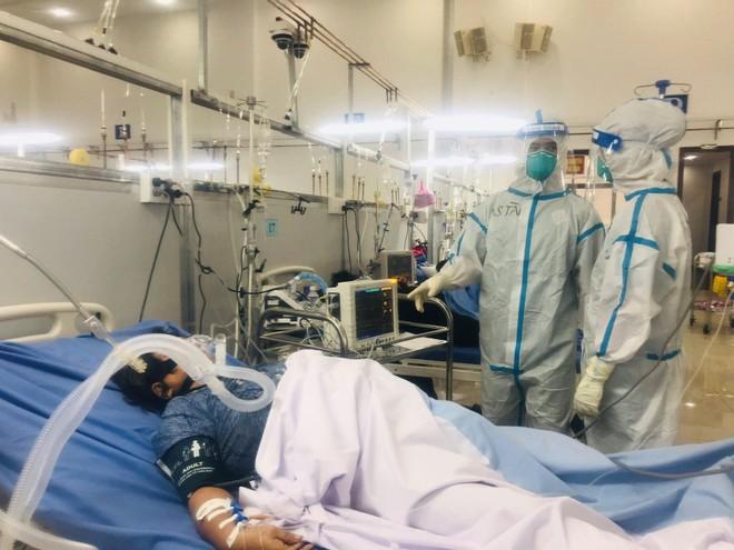 Bình quân cứ 1 triệu người Việt Nam có 6.113 ca nhiễm Covid-19 ảnh 1
