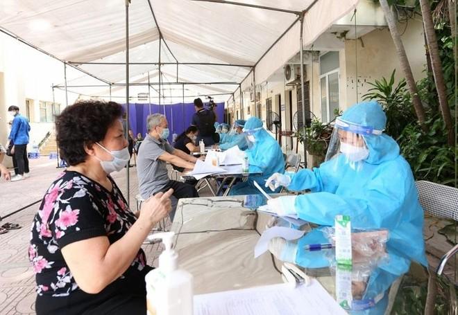 Từ 9-9, Hà Nội lấy 2,05 triệu mẫu xét nghiệm, phát hiện 10 ca dương tính ảnh 1