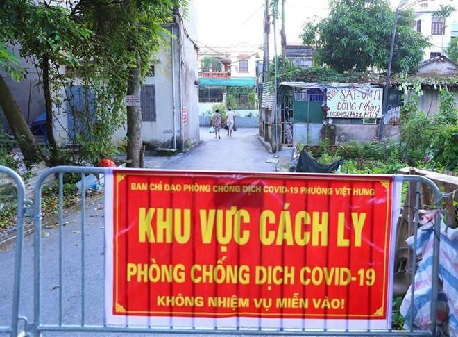 Thêm 4 ca Covid-19 ở phường Việt Hưng - Long Biên, lấy mẫu khẩn ở Gia Thuỵ, Thạch Bàn ảnh 1